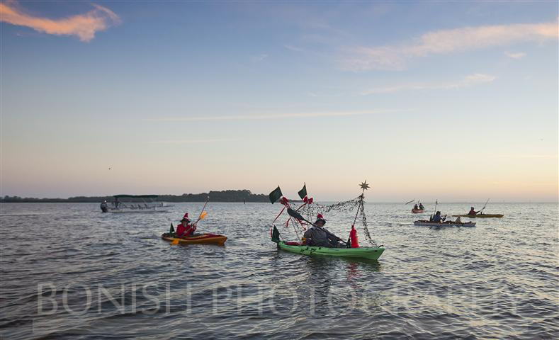 Cedar_Key_Christmas_Boat_Parade_2012 (12)