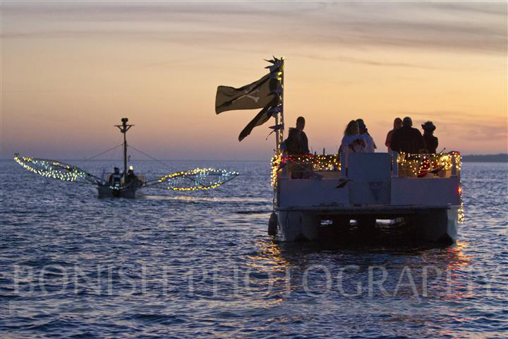 Cedar_Key_Christmas_Boat_Parade_2012 (5)