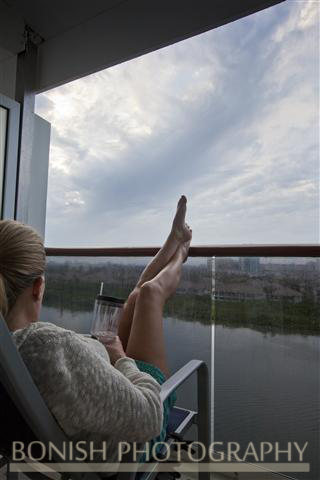 Cruise_Balcony