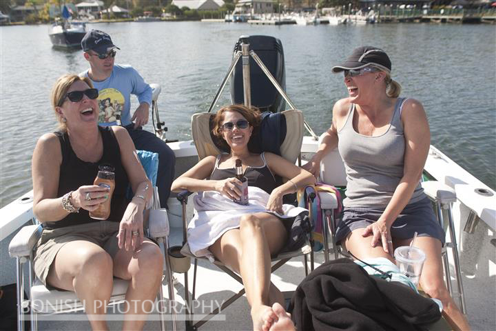 Laughing_Girls_On_Boat