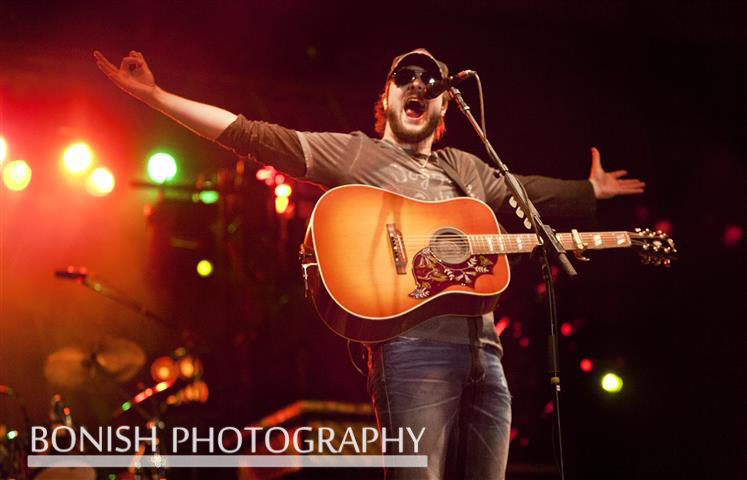 Eric_Church_On_Stage