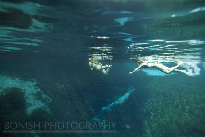 Two_Girls_Snorkeling