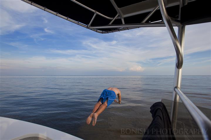 Bonish Photography, Diving, Jumping In