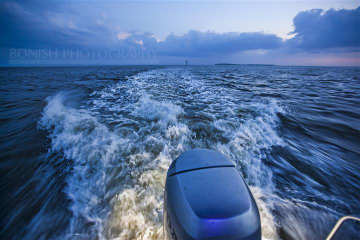 Boat Wake, Underwater Lights, Underwater LEDs, Bonish Photography
