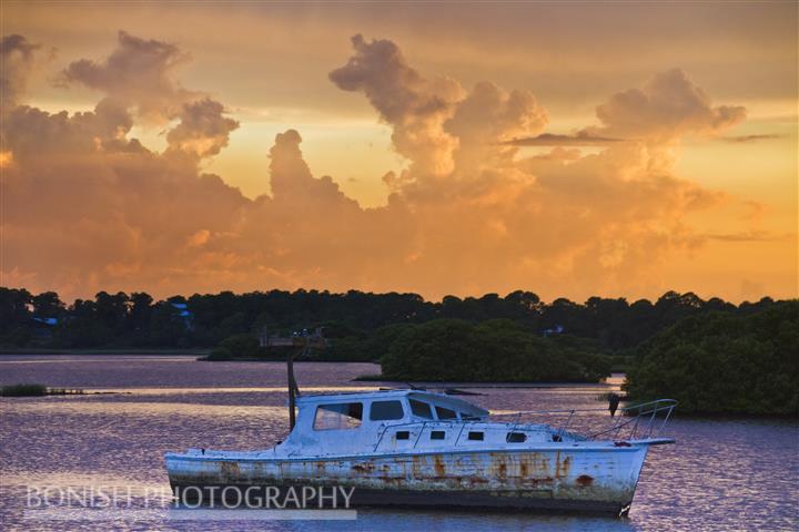 Low-Key Hideaway, Sunken Boat, Bonish Photography, Cedar Key