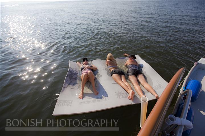 Aqualilly Pad, Floating, Cindy Bonish, Bonish Photogrpahy
