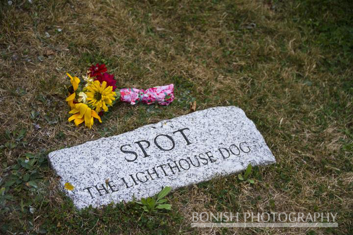 Owls Head Lighthouse, Grave Stone, Bonish Photo