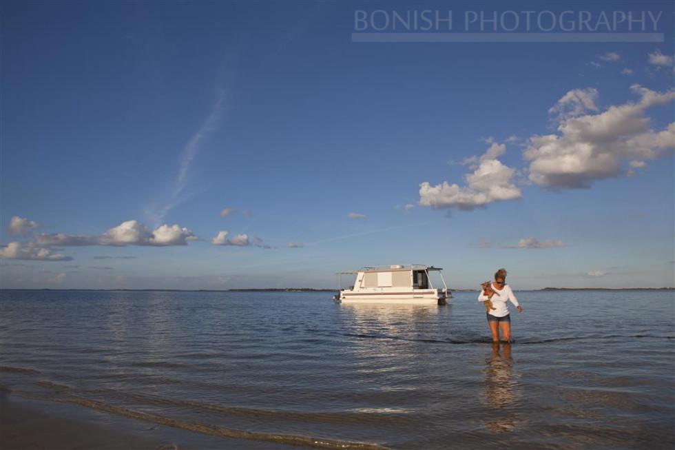 Catamaran Cruiser, Houseboat, Every Miles A Memory, Travel, Bonish Photo