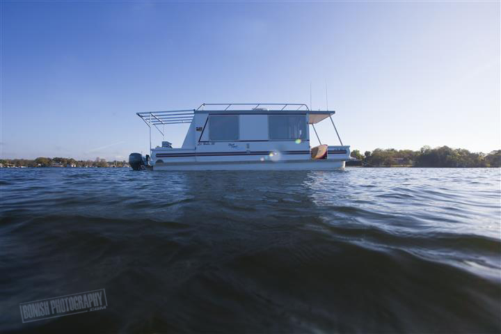 Catamaran, Houseboat, Florida, Boating, Bonish Photography, Catamaran Cruiser, Trailerable Houseboat