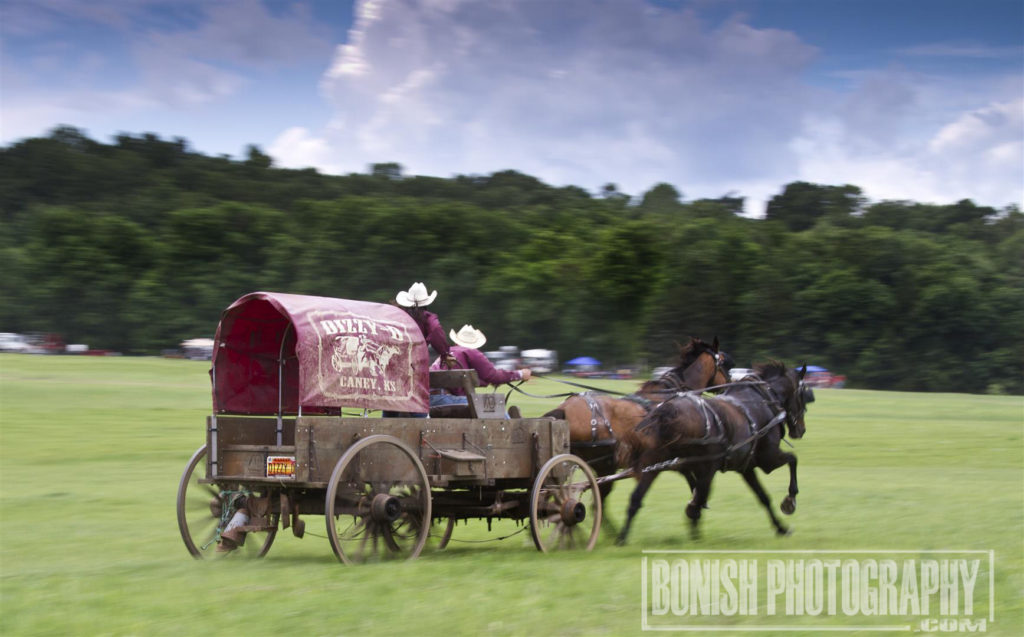 Chuck Wagon Racing, Bonish Photo, Rock Bottom