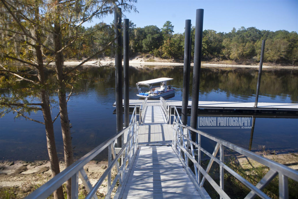 Ivey Boat Dock, Branford Florida, Bonish Photo, Florida Boating